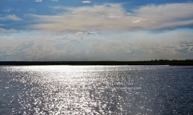 chobe-river-02-water-sky-shine-1