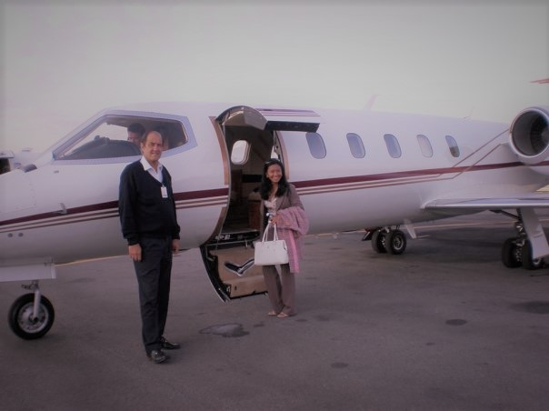 business-travel-learjet-1