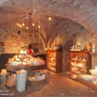 napa-valley-castello-great-hall-10