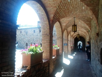 napa-valley-castello-great-hall-2