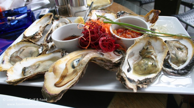 Gigantic oysters (Philippines)