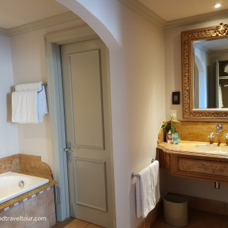 06 Palazzo - Bathroom (3)