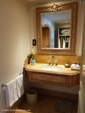 06 Palazzo - Bathroom (5)