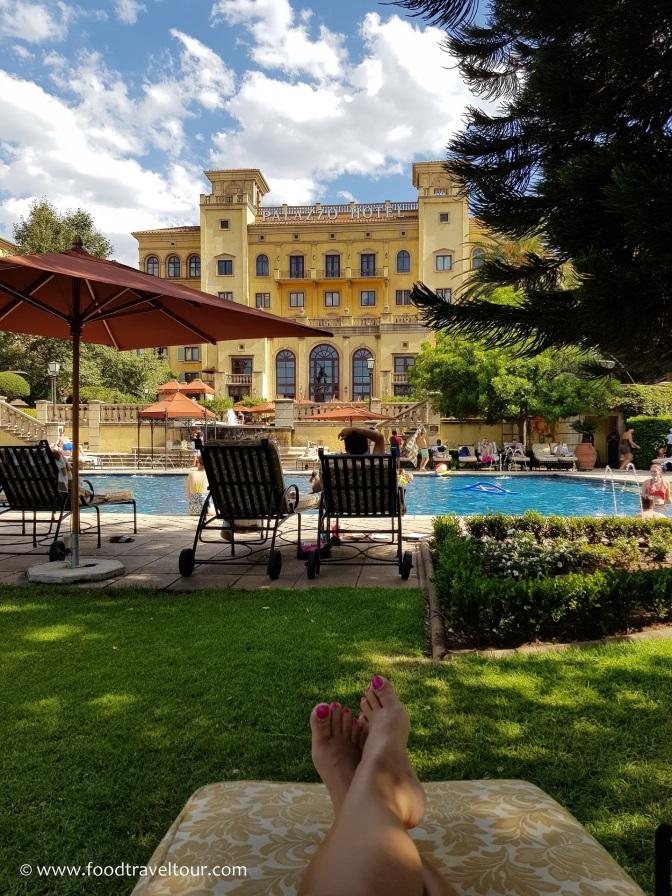 10 Palazzo - Pool (1)