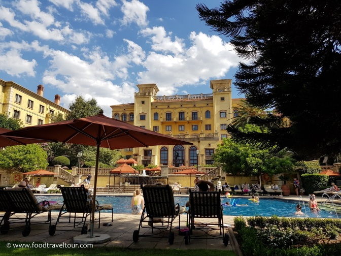 10 Palazzo - Pool (2)
