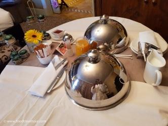 15 Palazzo - Breakfast in-room (2)